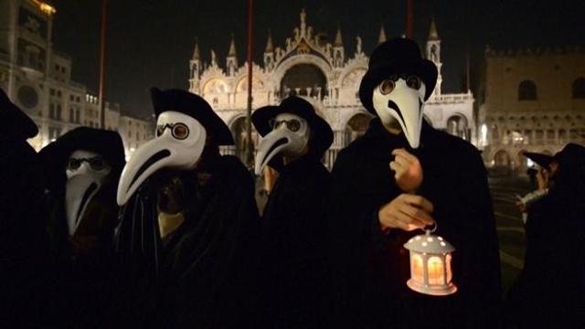 Se anche Venezia sfida l'ordinanza