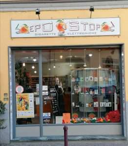 Epostop: com'è avere un negozio nel cuore di San Maurizio a Carnevale.